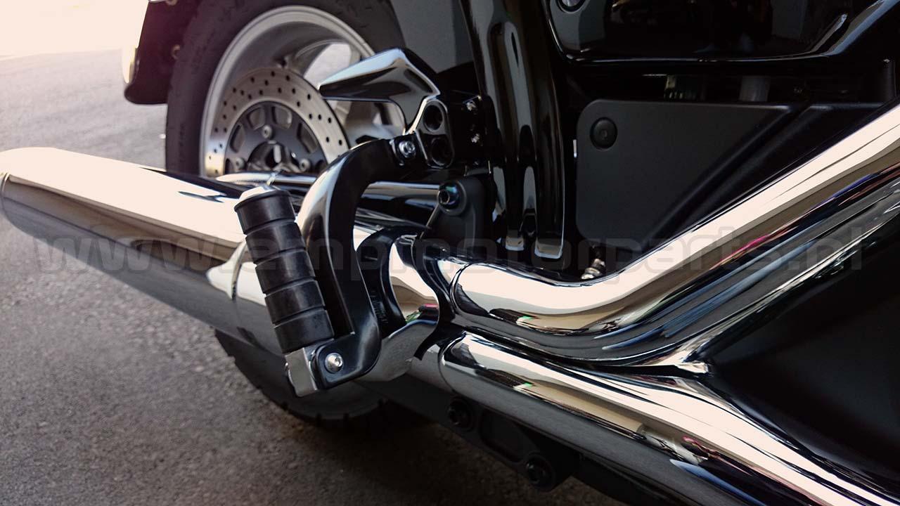 Voetsteunverlenger / Voetsteunverlager (zwart gecoat) ##Yamaha XVS 1300 A Midnight - Dark Star / V-Star 1300^^ Yamaha XVS 1300 C + Stryker low as 2011^^ Yamaha XVS 1300 V-Star (De Luxe) low as 2007^^ Yamaha XV 535 Virago 1993 till 2004 (with aluminium-rubber footrest)^^ Yamaha XV 1900 A Midnight Star (Classic) / Roadliner (S) / Stratoliner (S) / Raider (S) / Roadliner Midnight low as 2006^^ Yamaha VMX V-Max 1200 - V-Max 1.7 + 20 th Anniversary L.E. 1984 till 2016^^ Yamaha FJR 1300 A / AS (all models) 2001 up^^ Yamaha TDM 850 - 1995 up^^ Yamaha FZS 600 Fazer 1998 till 2003$$  (3)